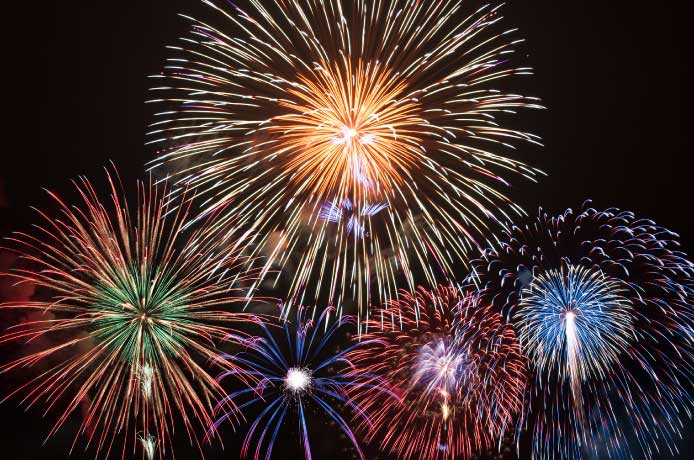 地域で開催されるお祭りなどのイベントに寄付します。